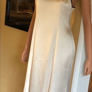 CHANEL Dresses - Chanel lined silk gown